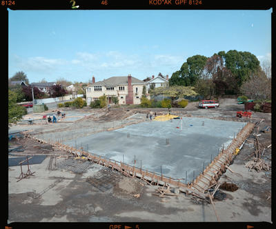 Negative: St George's Hospital Construction