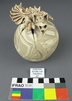 Figurine: Dragon and Egg