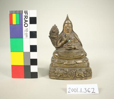 Bronze figurine of the great fifth Dalai Lama