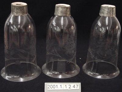 Lamp globes (3)