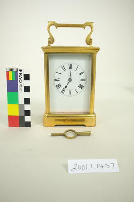 Carriage clock with key