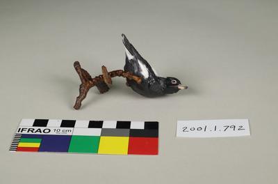 Miniature bird sculpture