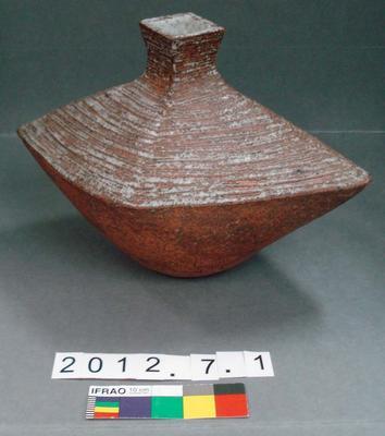 Vase: Len Castle