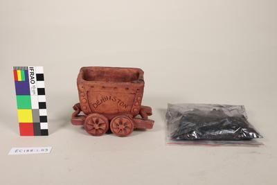 Figurine, coal-truck