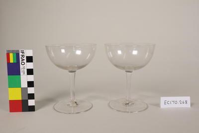 Glasses, champagne