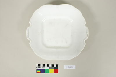 Square plate and muffin dish cover