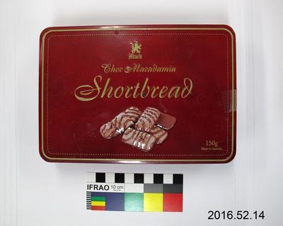 Tin: Choc Macadamia Shortbread