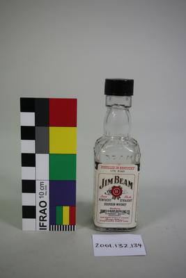 Bottle: Jim Beam Kentucky Straight Bourbon Whisky