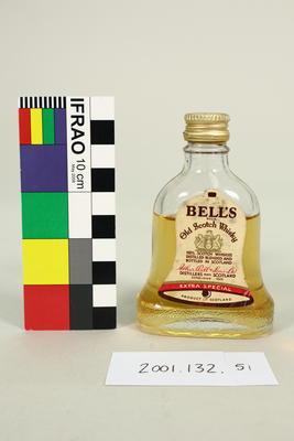 Bottle: Bell's Old Scotch Whisky