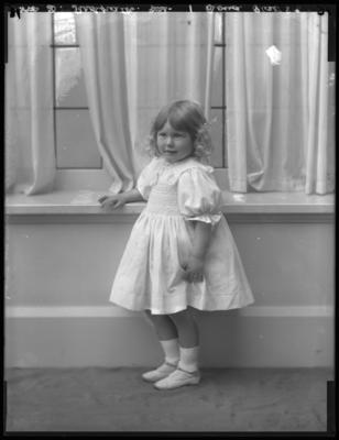 Glass Plate Negative: Mrs D Redpath; Circa 1911; 1980.175.69466