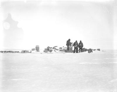 Photographic negative; Circa 1915; 1981.110.167