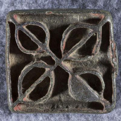 Bronze: amulet