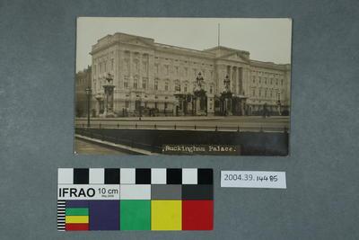 Postcard: Buckingham Palace