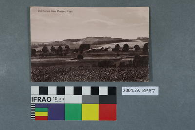 Postcard: Old Sarum from Devizes Road