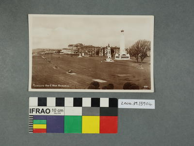 Postcard: Plymouth Hoe and War Memorial