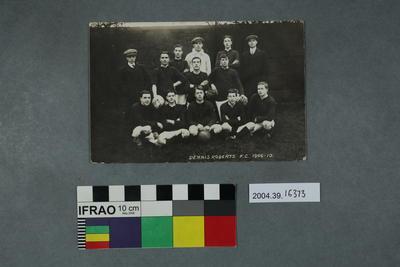 Postcard: Dennis Roberts FC 1909 - 10