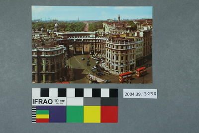 Postcard: Admiralty Arch and the Mall, London