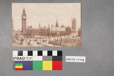 Postcard: London - Clock Tower and Houses of Parliament