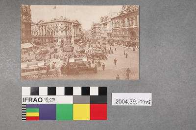 Postcard: London - Piccadilly Circus