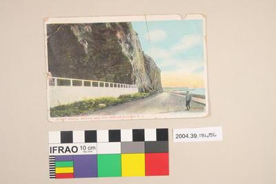 Postcard: Bluff Rocks, Napier and the Marine Parade, NZ