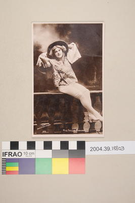 Postcard: Miss Phyllis Monkman