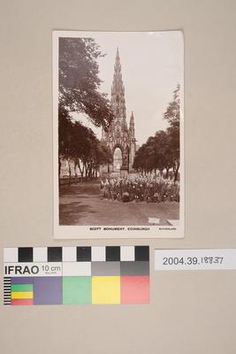 Postcard: Scott Monument, Edinburgh