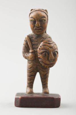 Wood: sculpture