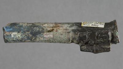 Bronze: leg