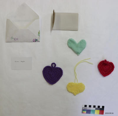 Tribute: Knitted Hearts