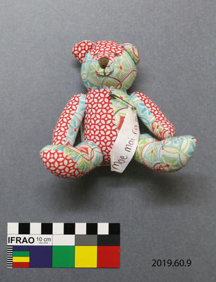 Tribute: Bear with Message
