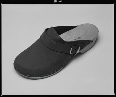 Negative: Saatchi And Saatchi One Shoe; September 1995; 2019.10.19245