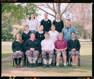 Negative: Mairehau High Group 1998