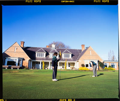 Transparency: Shirley Golf Club And Players