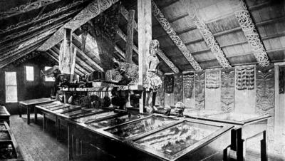 Book: Guide to the collections in the Canterbury Museum, Christchurch, New Zealand 1900
