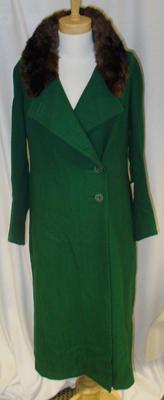 Coat: Woman's