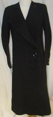 Overcoat: Black