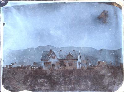 Glass Plate Ambrotype: Moorhouse Residence