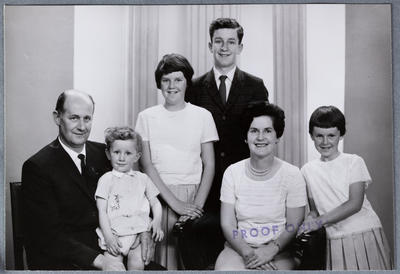 Photograph: Cook Family, group of six