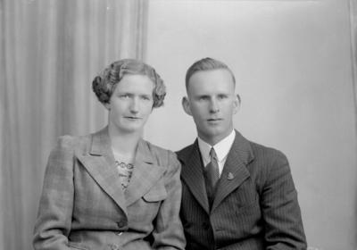 Glass Plate Negative: Mr and Miss Ballagh