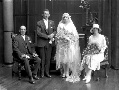Glass Plate Negative: Mr D Le Compte. Wedding group of four