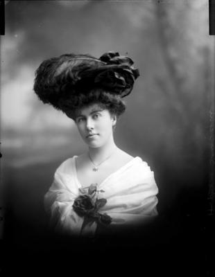 Glass Plate Negative: Miss E Heywood. Young woman