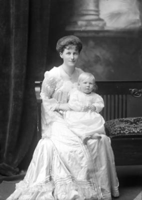 Glass Plate Negative: Mrs F Courage