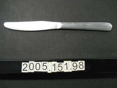 Utensil: Knife