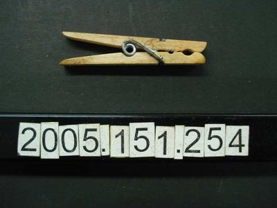 Clothes Peg: Wooden