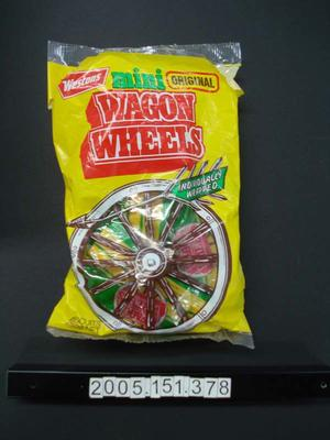 Package: Westons Wagon Wheels Biscuits