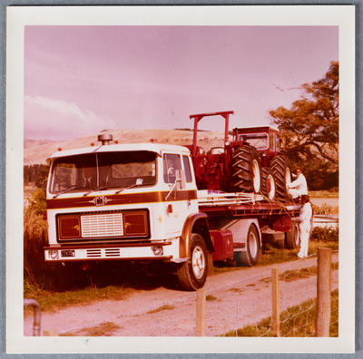 Photograph: IHC Truck and Tractor