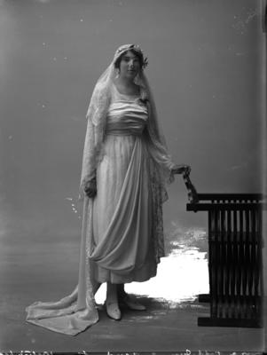 Glass Plate Negative: Mrs A Todd Junior - Bride