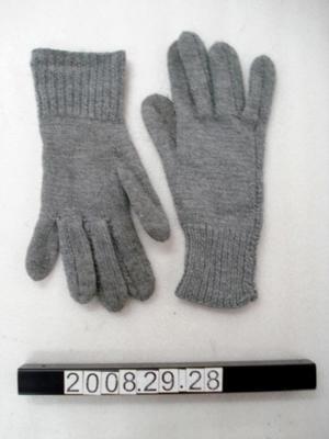 Gloves: Woollen