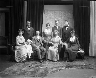 Glass Plate Negative: Mr S H Amyes