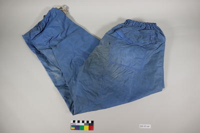 Over trousers: Blue
